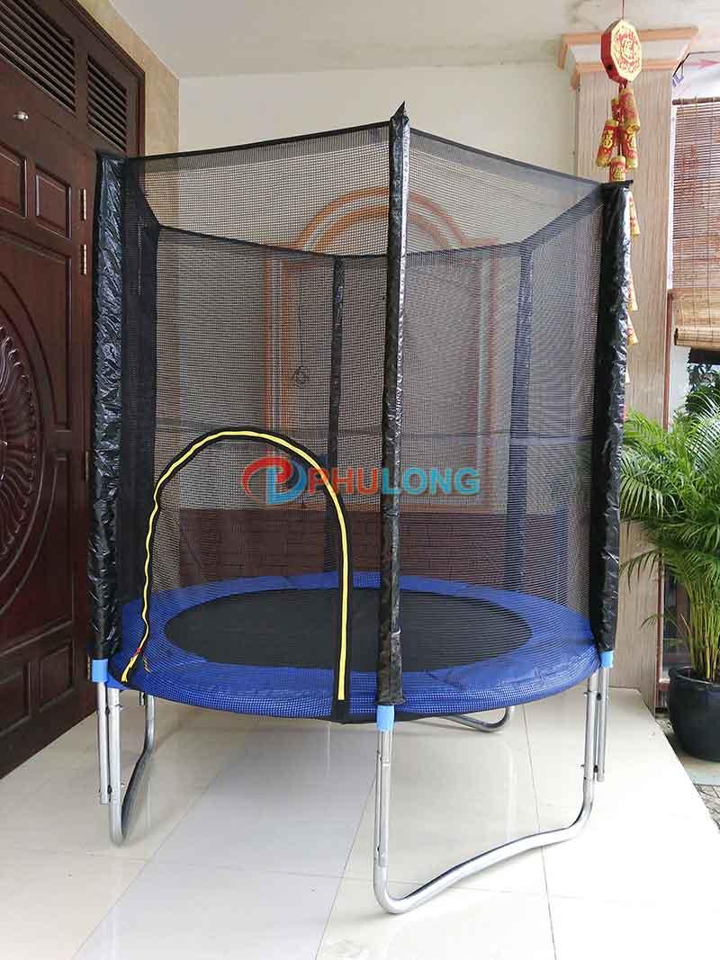ban-nhun-lo-xo-trampoline
